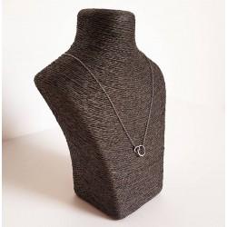 Petit buste en rapphia de couleur gris souris - 6252
