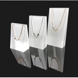Lot de 3 supports en acrylique blanc et transparent pour colliers et chaînes - 7335