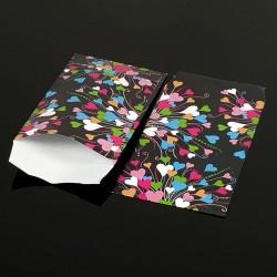 Lot de 100 pochettes cadeaux noires 24x16cm à motifs coeurs multicolores - 8075