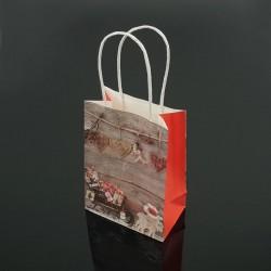 12 petits sacs kraft de Noël décor traineau et cadeaux 12x17x7cm - 7542