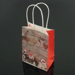 12 sacs kraft de Noël décor traineau et cadeaux 18x23x10cm - 7546