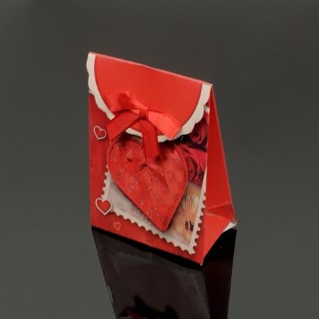 12 petites boîtes cadeaux rouges motif coeurs 7.5x4x10.5cm - 7610