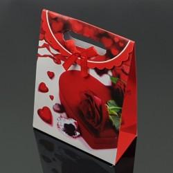 12 pochettes cadeaux cartonnées rouges motif Saint-Valentin 19x9x27cm - 7616