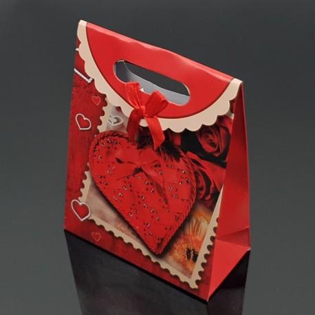 12 pochettes cadeaux cartonnées rouges motif coeurs 19x9x27cm - 7618