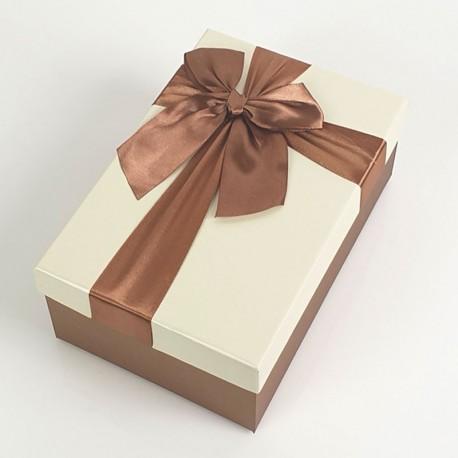 Boîte cadeaux marron noisette et écrue avec noeud ruban 22x15x9cm - 7737g