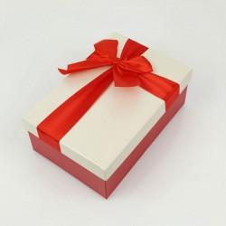 Boîte cadeaux de couleur rouge et écrue 20x13.5x8cm - 7742m