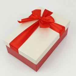 Boîte cadeaux rouge et écru avec noeud ruban 22x15x9cm - 7743g