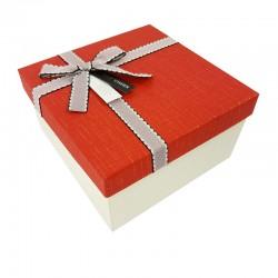 Petit coffret cadeaux blanc cassé et rouge 16.5x16.5x9.5cm - 7898p