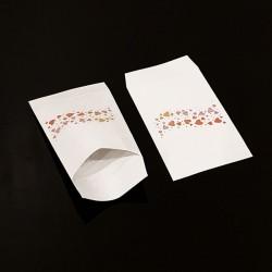 Lot de 50 pochettes cadeaux blanches 16x24cm à motif frise de cœurs - 8117
