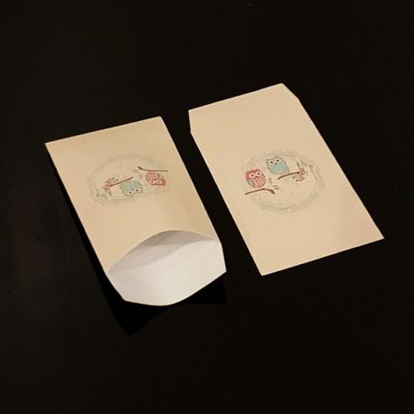 Lot de 50 pochettes cadeaux beiges 16x24cm à motif hiboux - 8118