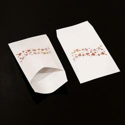 50 grandes pochettes cadeaux motif frise de cœurs 21x29cm - 8124