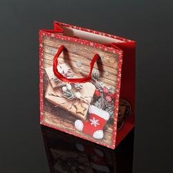 12 petits sacs de Noël rouges décor chaussons et cadeaux de Noël - 12x6x14cm - 9119
