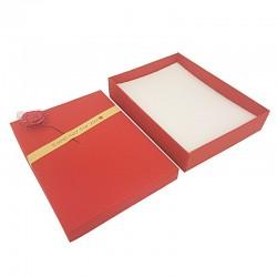 Lot de 60 grands écrins de couleur rouge pour parure motif rose décorative - 10168x10