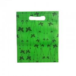 12 petits sacs non-tissés verts motif papillons 19x24cm - 9750