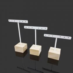 Lot de 3 petits porte bijoux en métal blanc et socle en bois - 9475