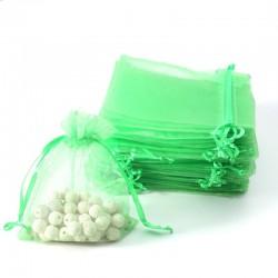 100 petites bourses cadeaux en organza de couleur vert pomme 5x5cm - 7089