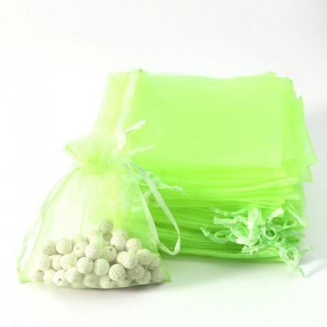 100 petites bourses cadeaux en organza de couleur vert anis 5x5cm - 7083