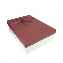 Coffret cadeaux de couleur blanc cassé et rouge bordeaux ruban satiné 28.5x20x9cm - 11170m